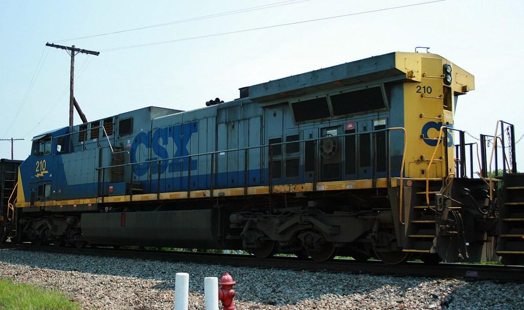 CSX 210