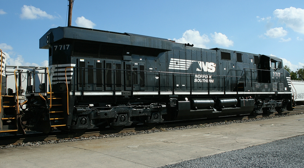 NS 7717