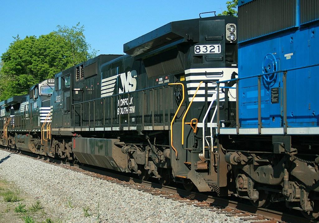 NS 8321
