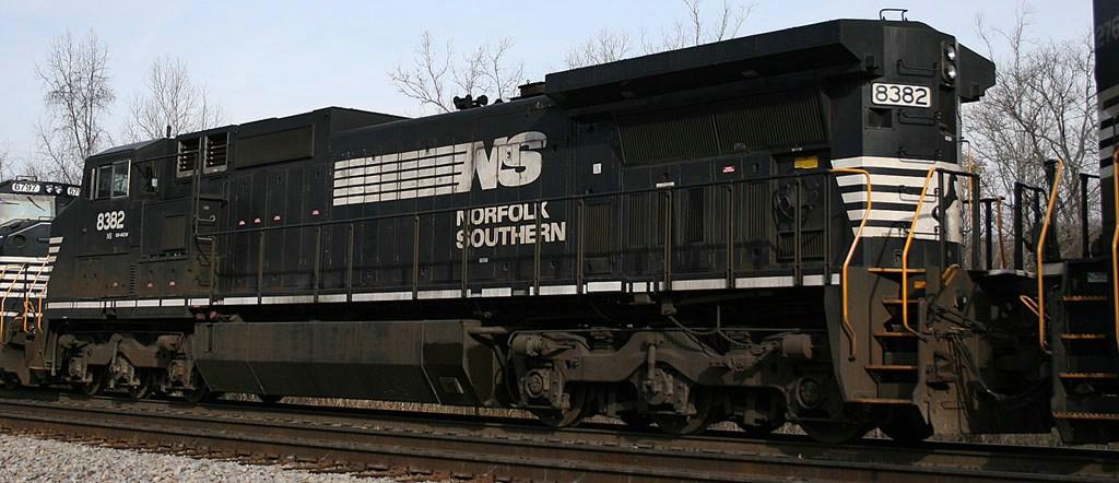 NS 8382