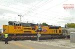 2nd mid-train dpu behind BUPRs sand loads - w/ BNSF 6799