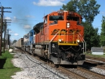 BNSF 9363, EMDX 9088 & BN 9867 leading N841