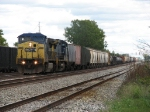 Q397 rolling into town past B&O Yard