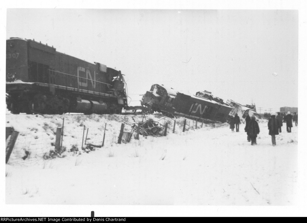CNR train wreck