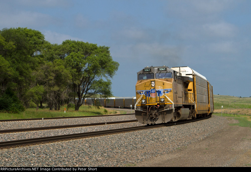 UP5567 rounding the curve