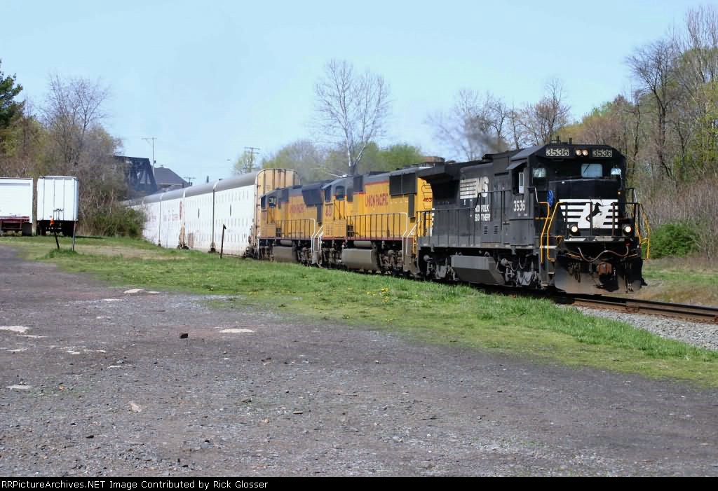 NS 212 With Colorful Locomotive Lash Up @ 1142 hrs