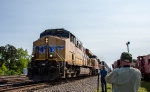The BSMRM crew shoots a northbound intermodal