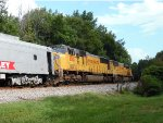 UP SD70M's lead NS 046 east at MP 535