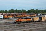BNSF1895, BNSF5057, BNSF7060, BNSF524 and BNSF510 in the yard