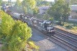NS 364 rolls into Rockport