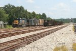 CSX 4083 in the yard with local