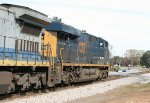 CSX ES44AC-H 3198 and C40-8 7527 heading eastbound at Roberts St.