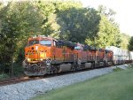 265 rolls west behind a quartet of BNSF GEVO's