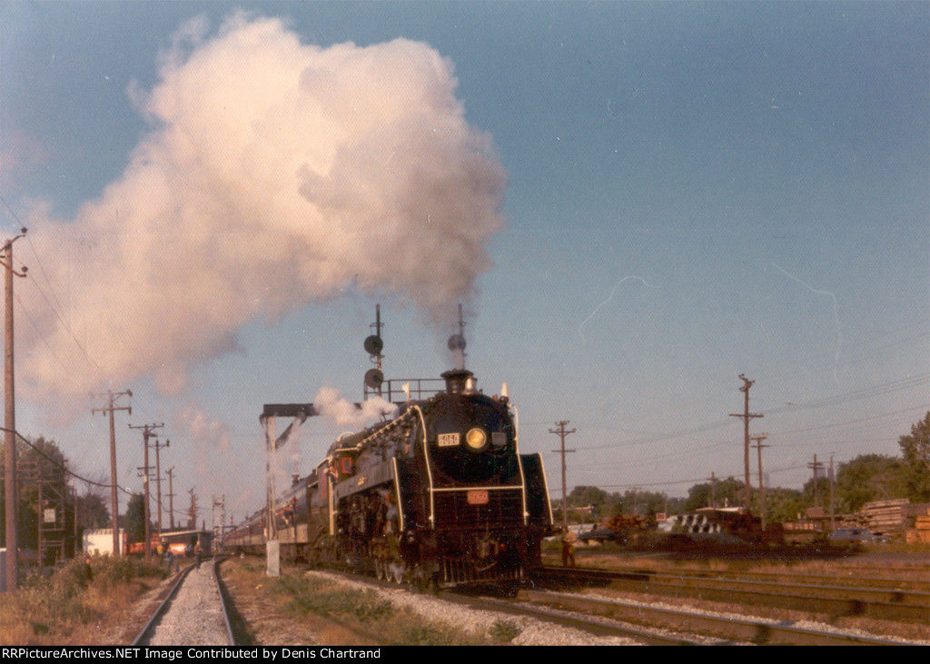 CNR 4-8-2 6060 first trip after restoration