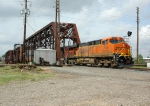 KCS east stacks/BNSF 7605