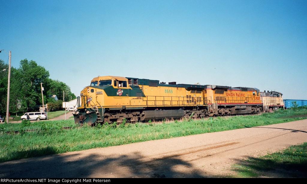 CNW 8566