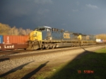 CSX 5122 (AC4400CW) & CSX 5255 (ES44DC) head WB on the #2 Track