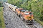 BNSF 5245 Runs dpu.