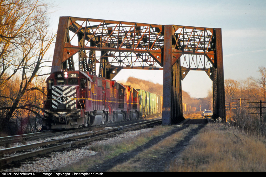 The end of the chase at Rochester Junction - 5 of 7