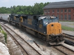 CSX 4787 and 808 rolling east with Q411