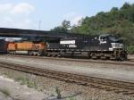NS 9540 & BNSF 4618