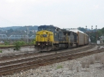 CSX 9008 & 8773 heading east with Q276