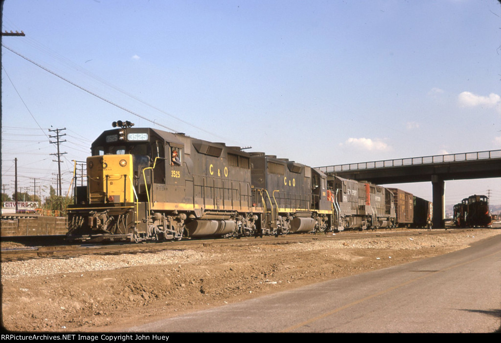 CO 3525 shows up at City of Industry CA on the SP.