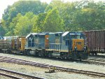 CSX 2206 (Road Slug) 6468 (GP40-2)