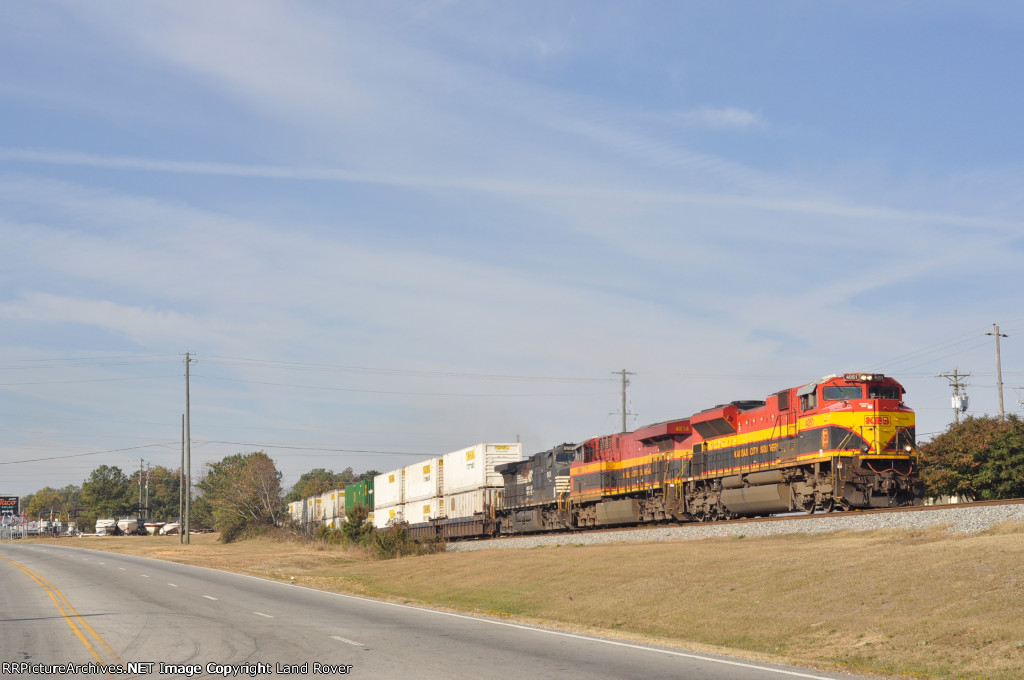KCS 4051 On NS 220 Eastbound