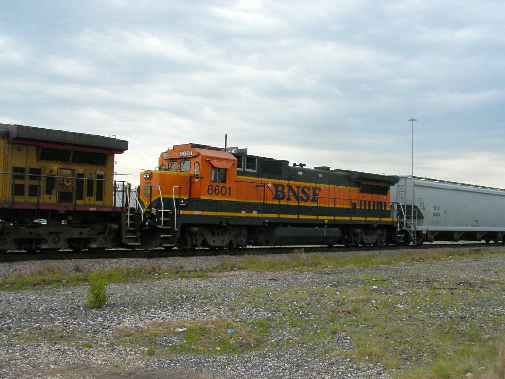 BNSF 8601