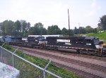 NS 6740 (SD60I) 9008 (C40-9W) 8461 (C40-8W)