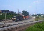 NS 8383 (C40-8W) BNSF 4515 (C44-9W)
