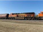 BNSF ES44DC 6906