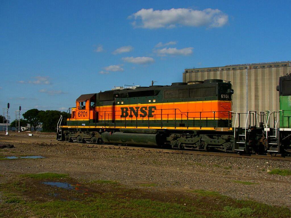BNSF 6701