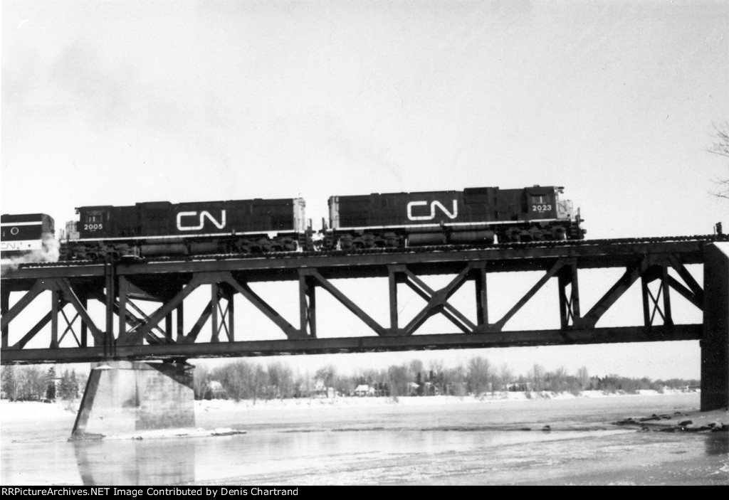 CNR C630M Montreal to Portneuf December 2nd 1972