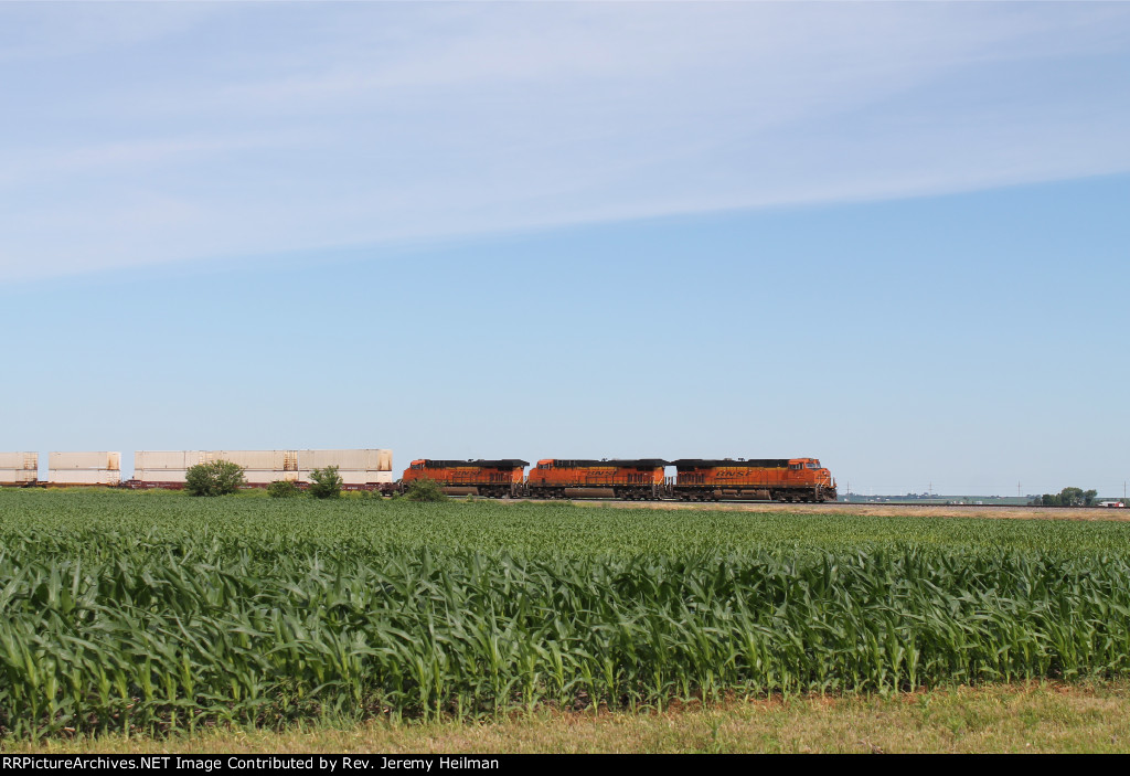 BNSF 7342 & others (2)