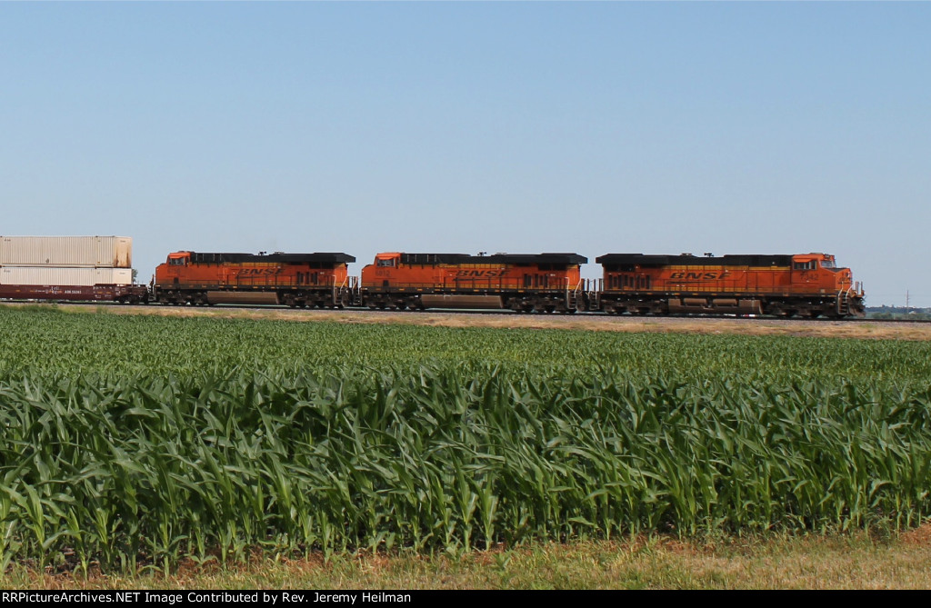 BNSF 7342 & others (3)