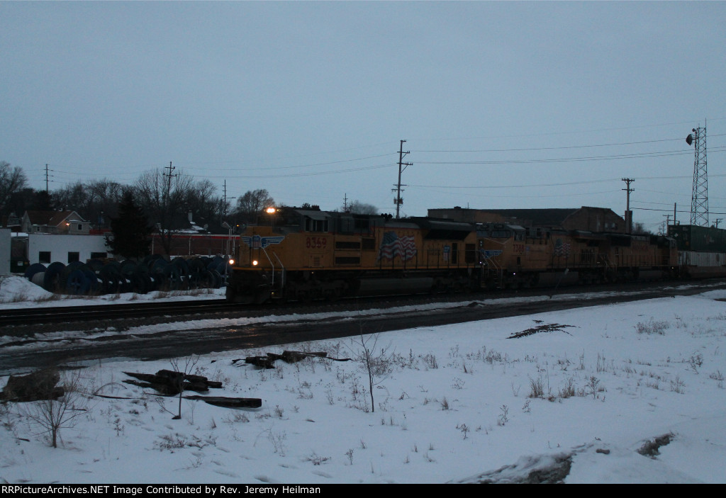 UP 8369 & others (1)
