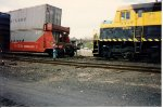 Coupling onto a Sealand container train