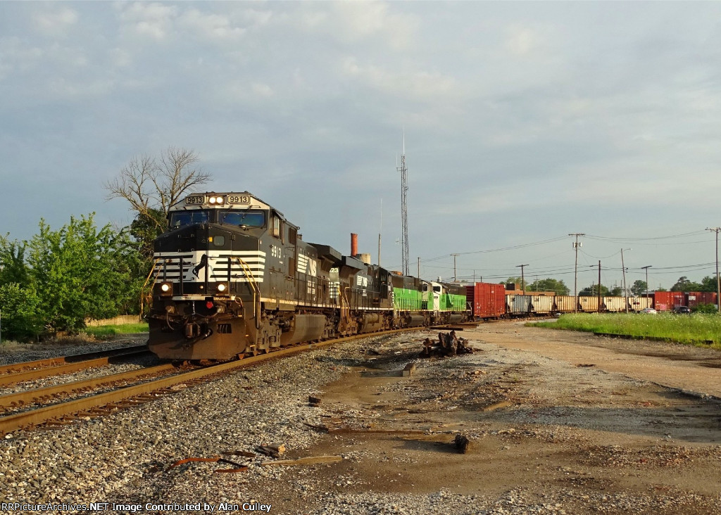 NS 9913-369