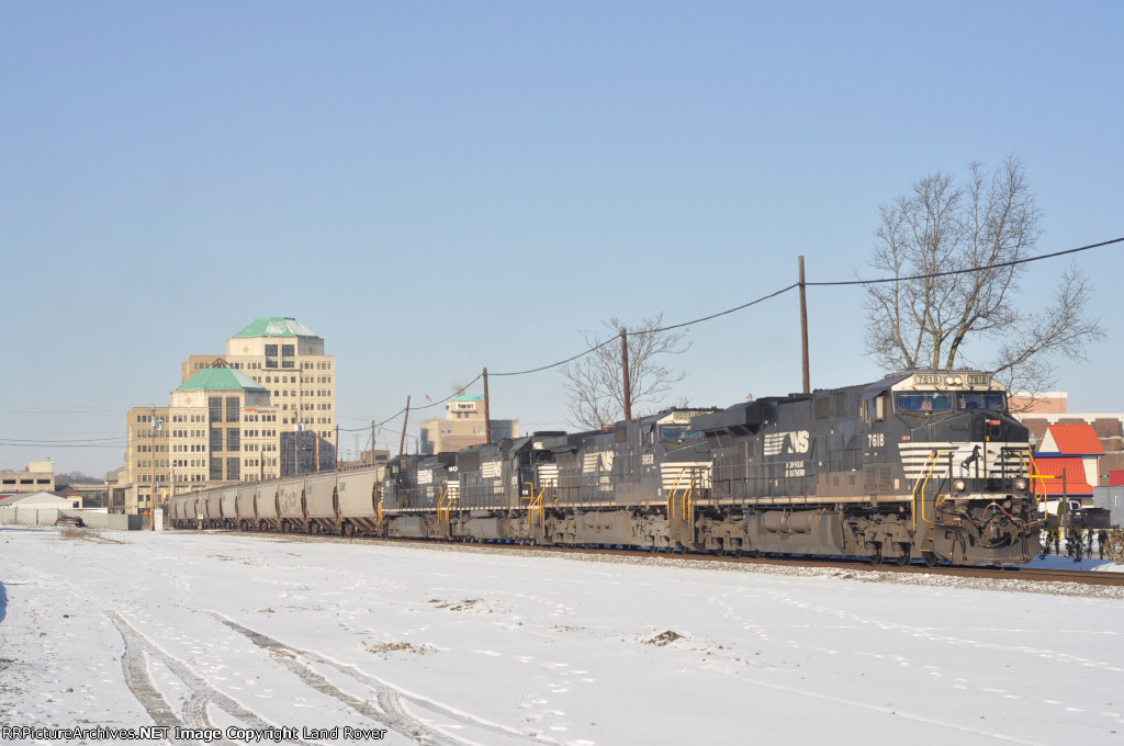 NS 7618 On NS 55 Q Eastbound