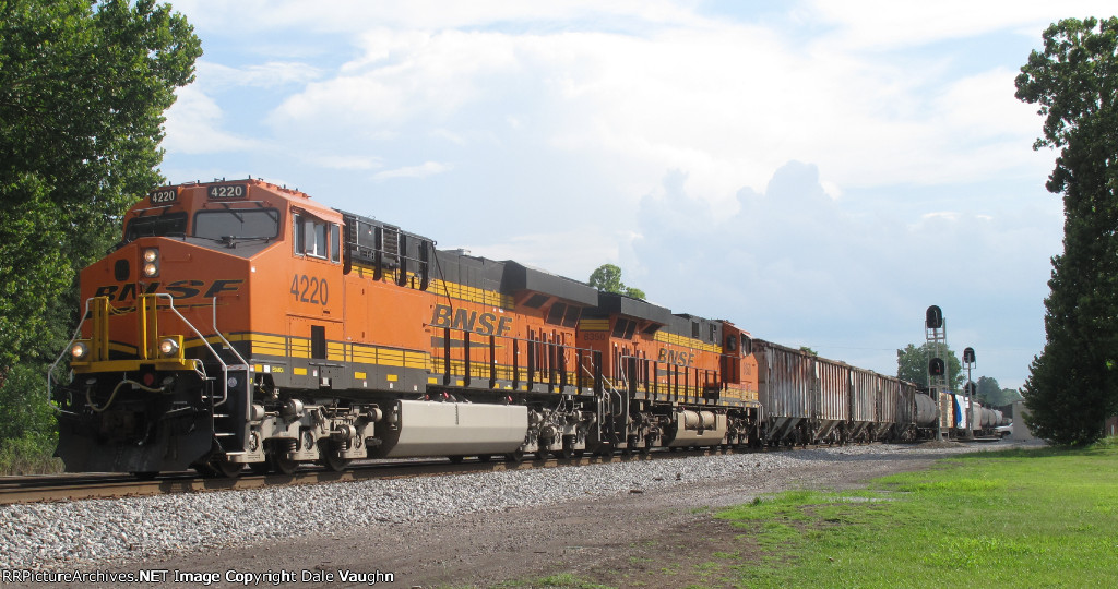 BNSF 4220