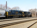 CSX 3473 and 880