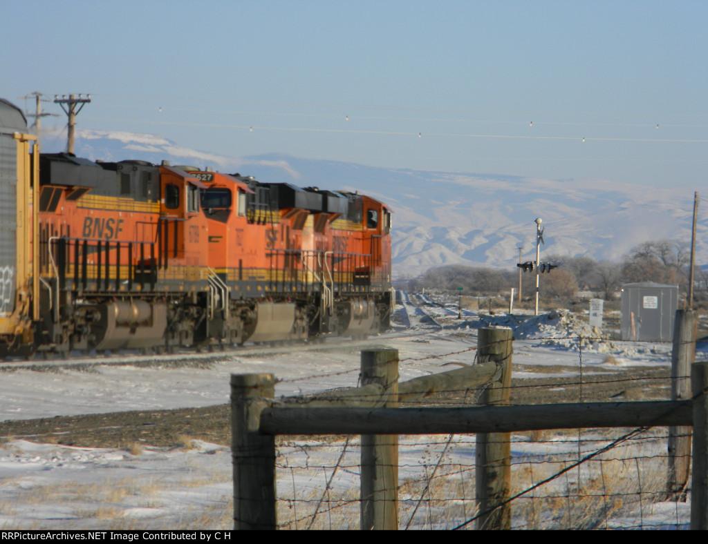 BNSF 7486/7627/6789