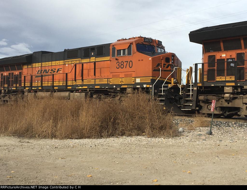 BNSF 3870