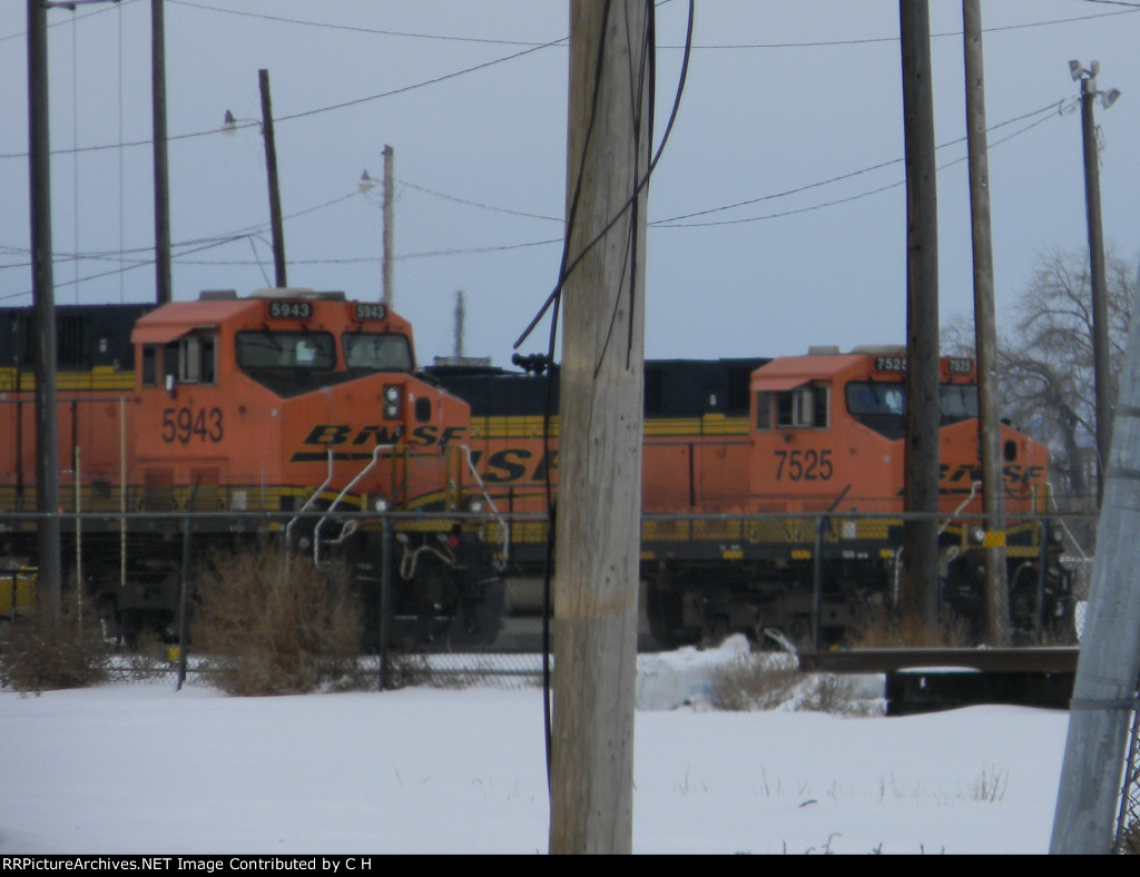 BNSF 5943/7525