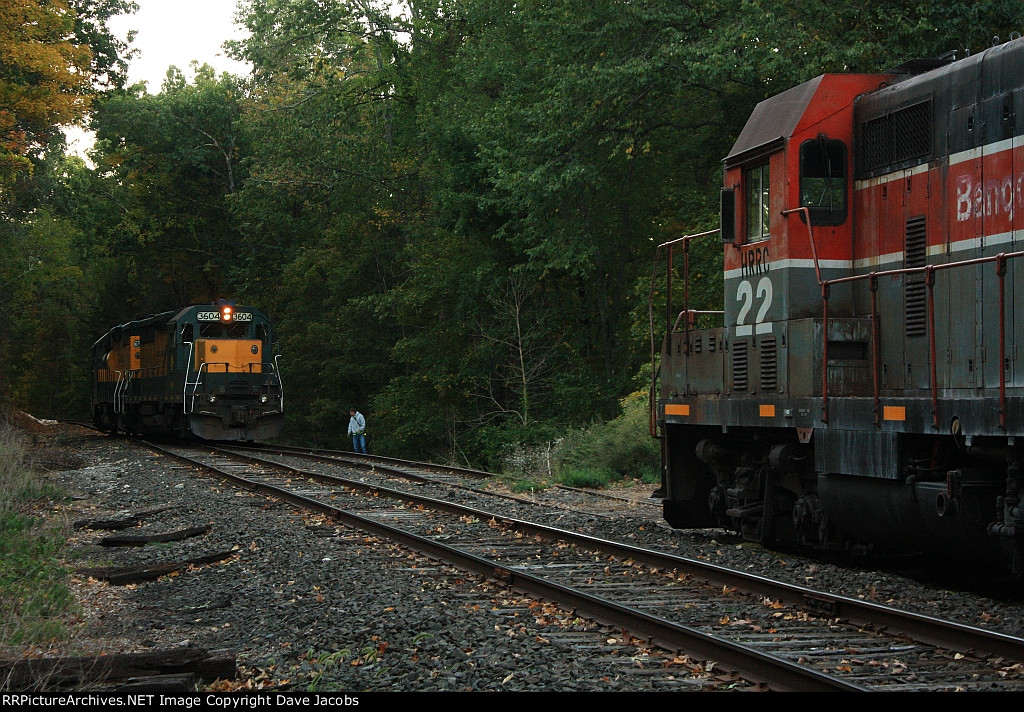 NX13 is picking up a dead GP7u #22 to bring back to Canaan