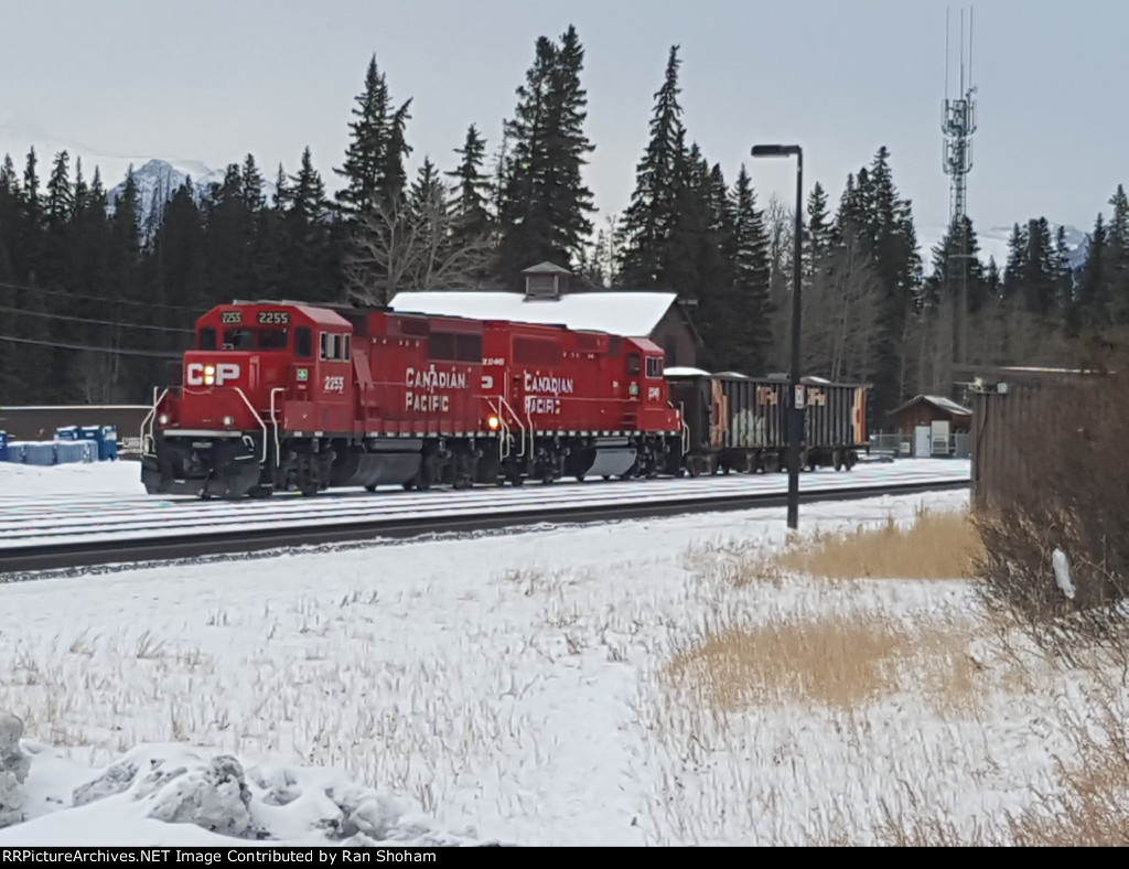 Backing ballast hoppers onto siding at Banff Station