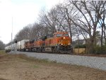 BNSF GE Tier 4 leads 264 east by Milepost 534
