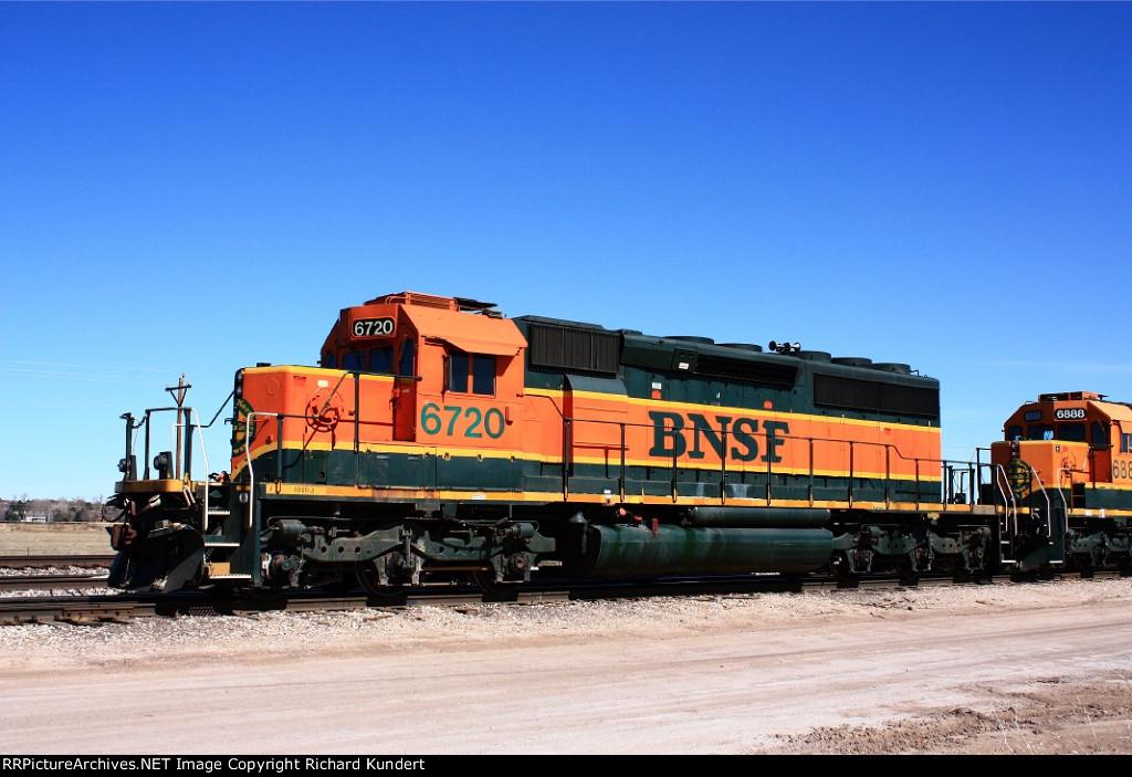 BNSF 6720
